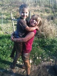 muddy_kids